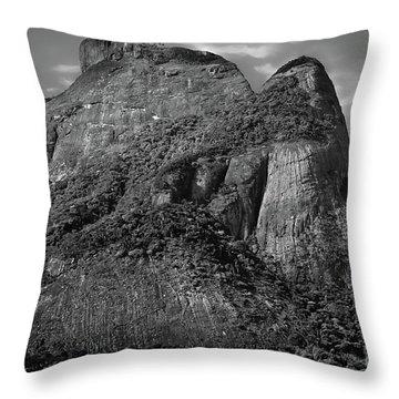Rio De Janeiro Classic View - Sugar Loaf Throw Pillow