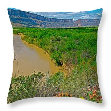 Rio Grande East Of Santa Elena Canyon In  Big Bend National Park-texas Throw Pillow