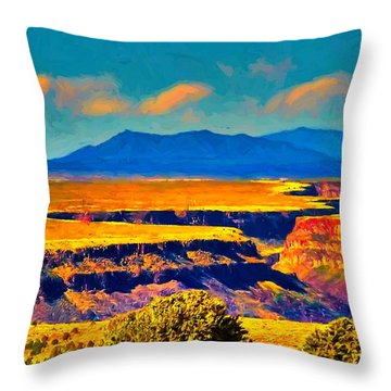 Rio Grande Gorge Lv Throw Pillow