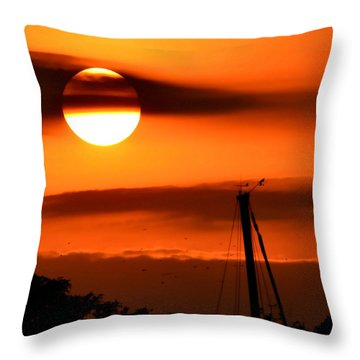 Throw Pillow featuring the photograph Rise And Shine by Deena Stoddard