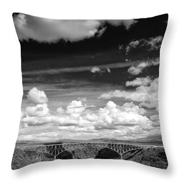 River And Clouds Rio Grande Gorge - Taos New Mexico Throw Pillow