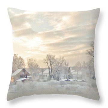 River Mist On A Very Cold New Hampshire Morning Throw Pillow