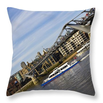 River Thames Downhill  Throw Pillow