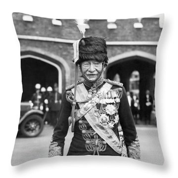 Robert Baden-powell Throw Pillow by Underwood Archives