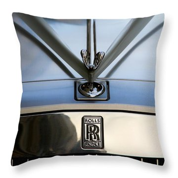 Throw Pillow featuring the photograph Rolls Royce 2 by Mariusz Czajkowski