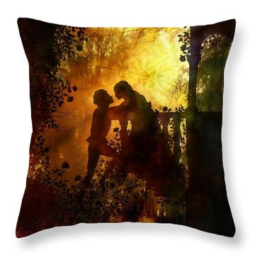 Romeo And Juliet - The Love Story Throw Pillow by Lilia D