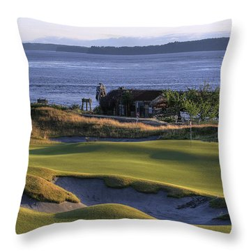 Hole 17 Hdr Throw Pillow