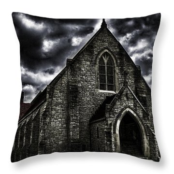 Roseville Ohio Church Throw Pillow