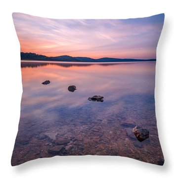 Round Valley Long Exposure 16x9 Throw Pillow