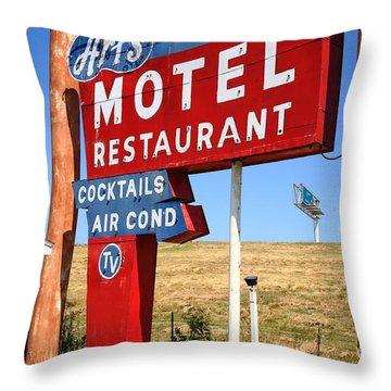 Route 66 - Art's Motel Throw Pillow