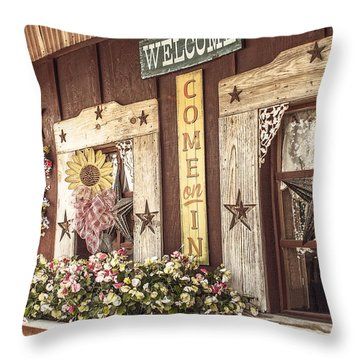 Rustic Country Welcome Throw Pillow