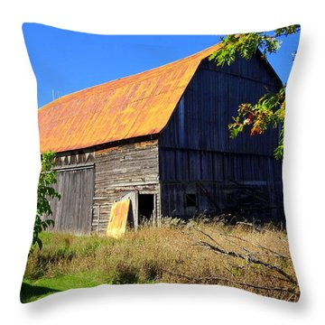 Rusty Michigan Barn Throw Pillow