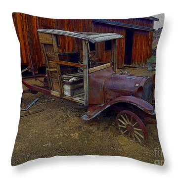 Rusty Old Vintage Car Throw Pillow