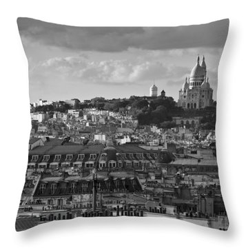 Sacre Coeur Over Rooftops Black And White Version Throw Pillow by Gary Eason