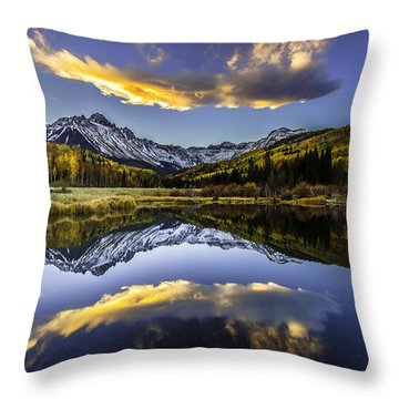 San Juan's Fire In The Sky Throw Pillow by Steven Reed