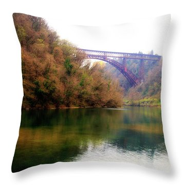 San Michele Bridge N.1 Throw Pillow