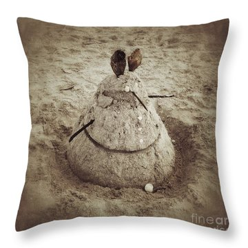 Throw Pillow featuring the photograph Sand Rat by Chris Scroggins