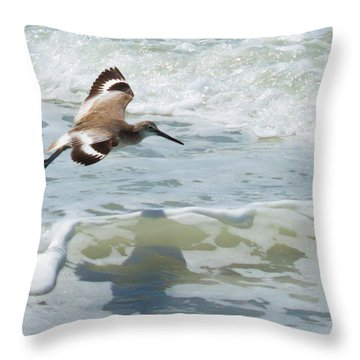 Sandpiper Flight Throw Pillow