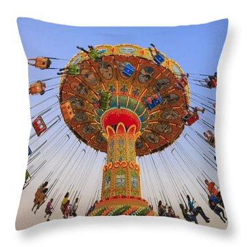 Santa Cruz Seaswing At Sunset 9 Throw Pillow