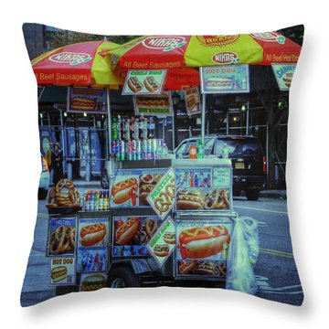 Scene @ New York Throw Pillow