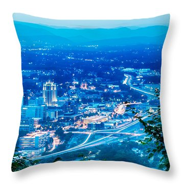 Scenics Around Mill Mountain Roanoke Virginia Usa Throw Pillow