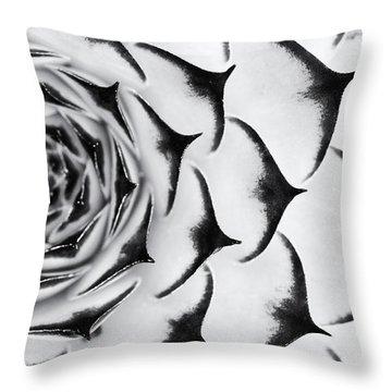 Sempervivum Pattern Monochrome Throw Pillow