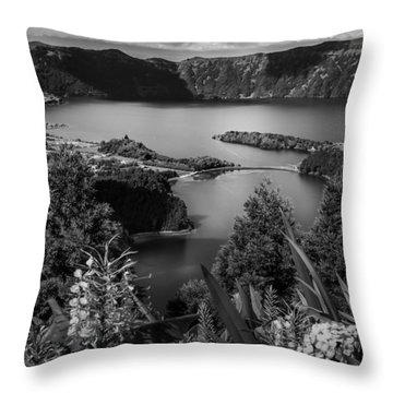 Sete Cidades Lake Throw Pillow