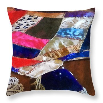 Sewing - Making A Quilt Throw Pillow
