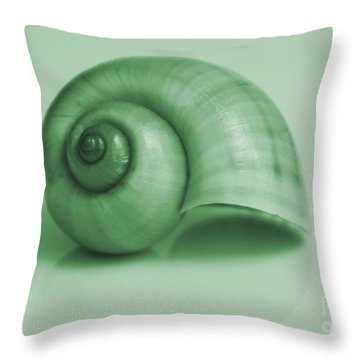 Shell. Light Green Throw Pillow