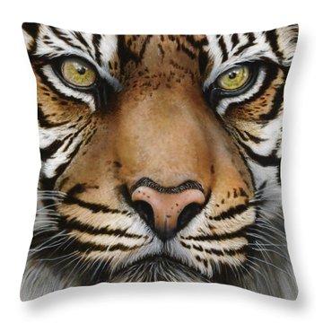 Siberian Tiger Closeup Throw Pillow