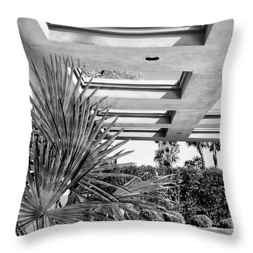 Sinatra Patio Bw Palm Springs Throw Pillow
