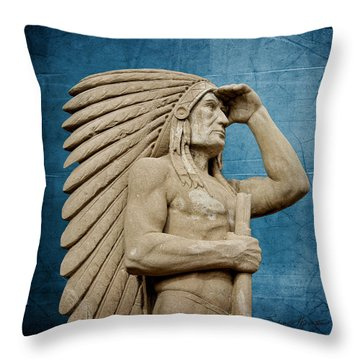 Sioux Lookout Throw Pillow