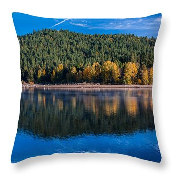 Siskiyou Lake Shoreline Throw Pillow