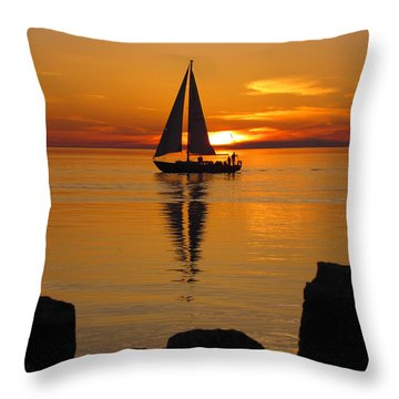 Sister Bay Sunset Sail 2 Throw Pillow