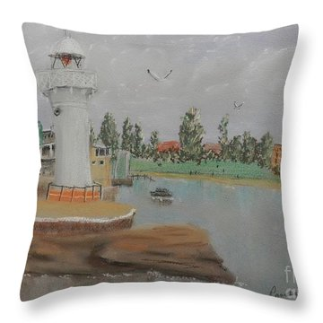 Small Lighthouse At Wollongong Harbour Throw Pillow
