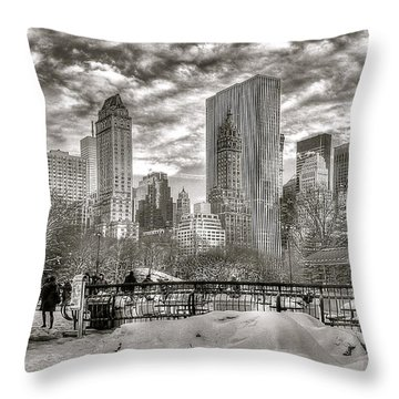 Snow In N.y. Throw Pillow