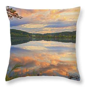 Throw Pillow featuring the photograph Soddy Lake by Geraldine DeBoer