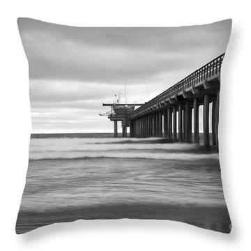 Soft Waves At Scripps Pier Throw Pillow