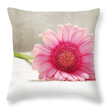 Softness In Pink Throw Pillow by Randi Grace Nilsberg