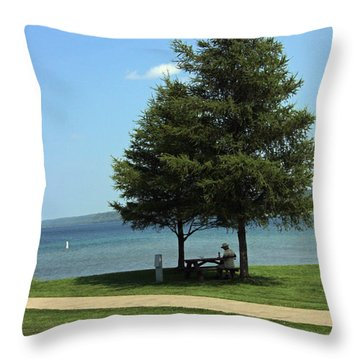 Solitary Superior Lunch Throw Pillow