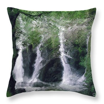 Somewhere Only We Know 2 Throw Pillow