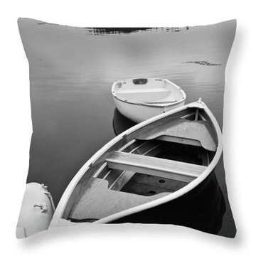 Sorrento Harbor Boats Throw Pillow