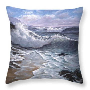 Sounding Waves At Big Sur Throw Pillow