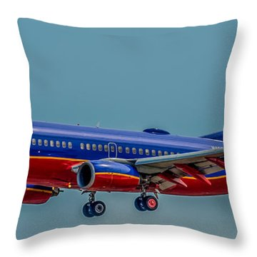 Southwest 737 Landing Throw Pillow by Paul Freidlund