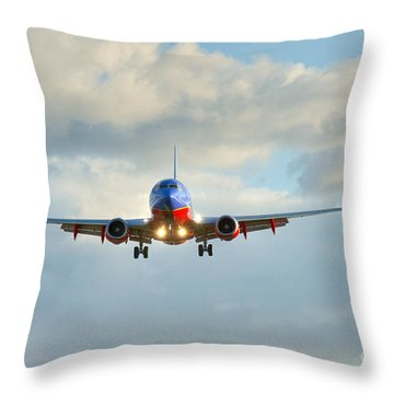 Southwest Airline Landing Gear Down Throw Pillow