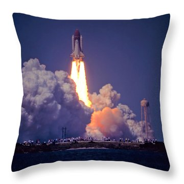 Space Shuttle Challenger Sts-6 First Flight 1983 Photo 1  Throw Pillow