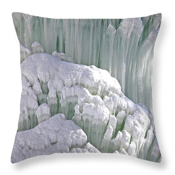 Spectacular Ice Fountain In Letchworth State Park - 6 Throw Pillow