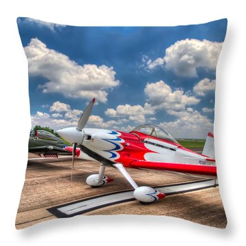 Speedy Birds Throw Pillow