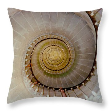 Spirale Du Phare Des Baleines Version Carree Throw Pillow