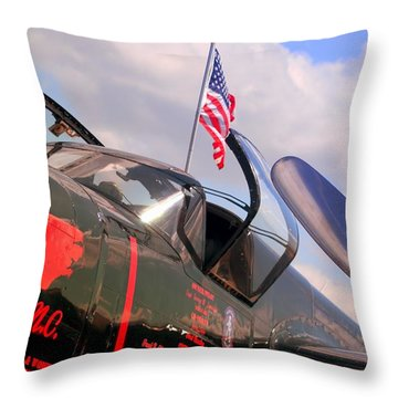 Throw Pillow featuring the photograph Spirit Of North Carolina by Bob Pardue